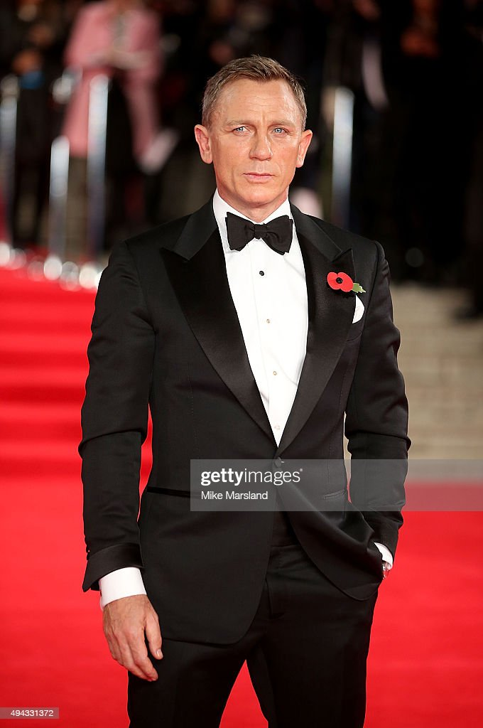 Daniel Craig attends the Royal Film Performance of 'Spectre' at Royal Albert Hall on October 26, 2015 in London, England.