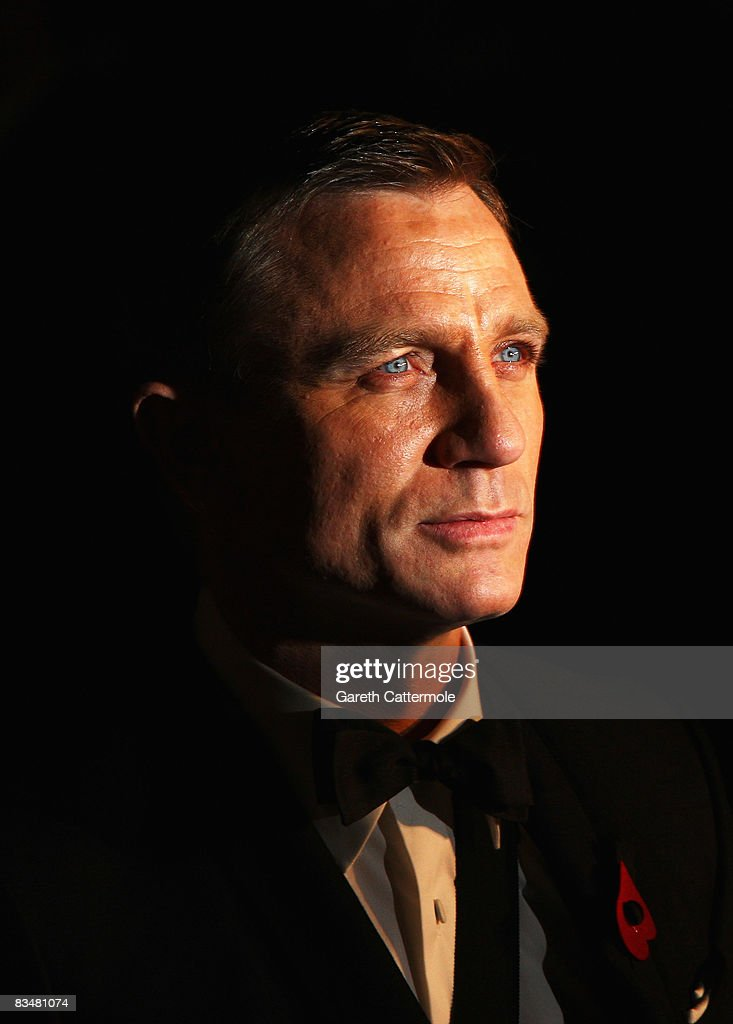 Daniel Craig attends the Royal World Premiere of 'Quantum of Solace' held at the Odeon Leicester Square on October 29, 2008 in London, England.
