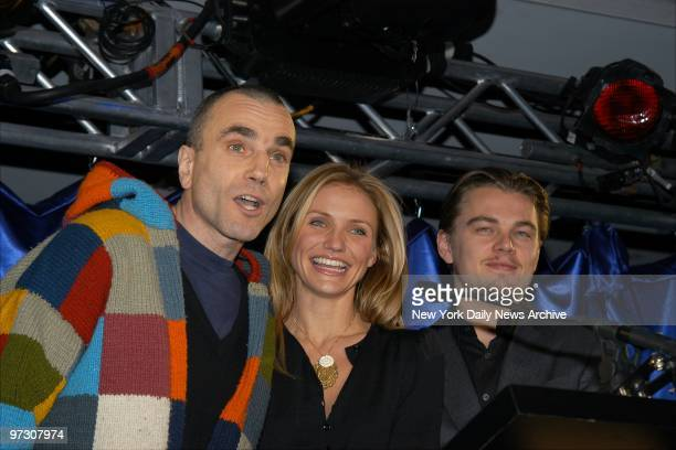 Daniel DayLewis Cameron Diaz and Leonardo DiCaprio stars of the new film 'Gangs of New York' are on hand for 'A Funny Thing Happened on the Way to...
