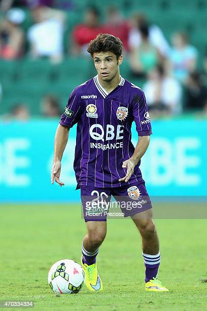 Daniel De Silva of Perth Glory controls the ball during the round 26 ALeague match between the Perth Glory and Melbourne City FC at nib Stadium on...