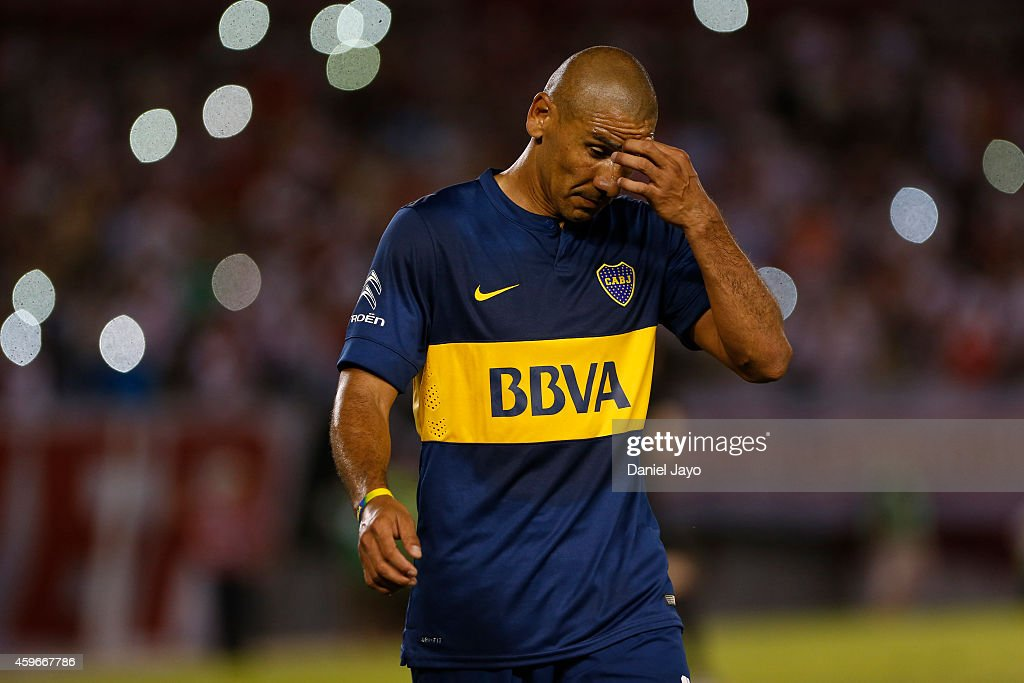 Daniel Diaz, of Boca Juniors, leaves the field after being sent off during a second leg semifinal match between River Plate and Boca Juniors as part of Copa Total Sudamericana 2014 at Monumental Antonio Vespucio Liberti Stadium on November 27, 2014 in Buenos Aires, Argentina.
