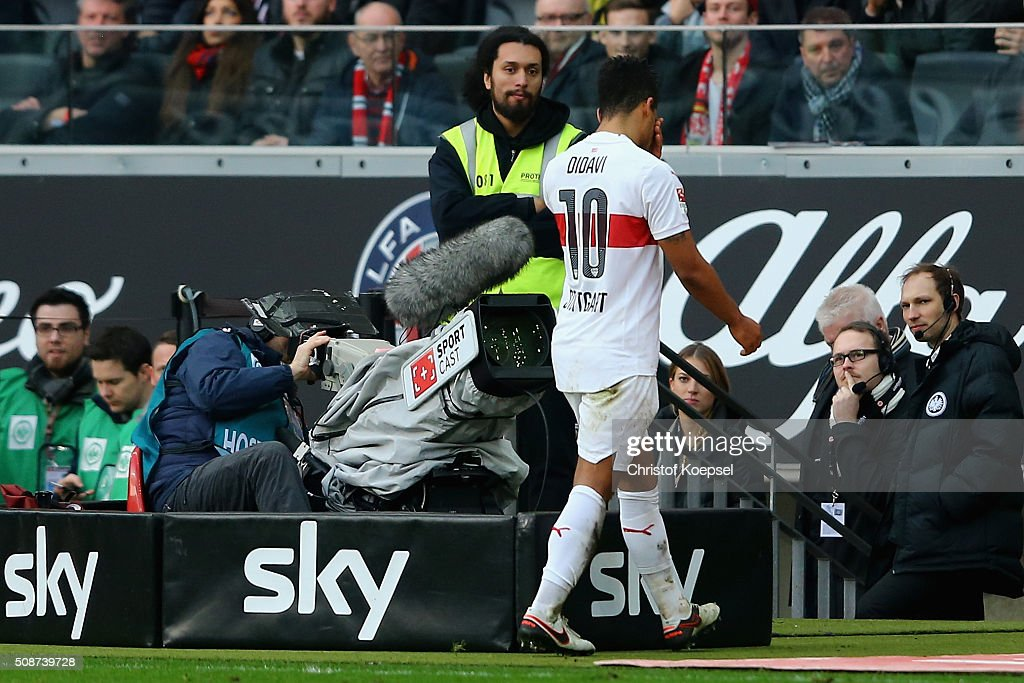 <a gi-track='captionPersonalityLinkClicked' href=/galleries/search?phrase=Daniel+Didavi&family=editorial&specificpeople=4409864 ng-click='$event.stopPropagation()'>Daniel Didavi</a> of Stuttgart walks off the pitch after his red card during the Bundesliga match between Eintracht Frankfurt and VfB Stuttgart at Commerzbank-Arena on February 6, 2016 in Frankfurt am Main, Germany.