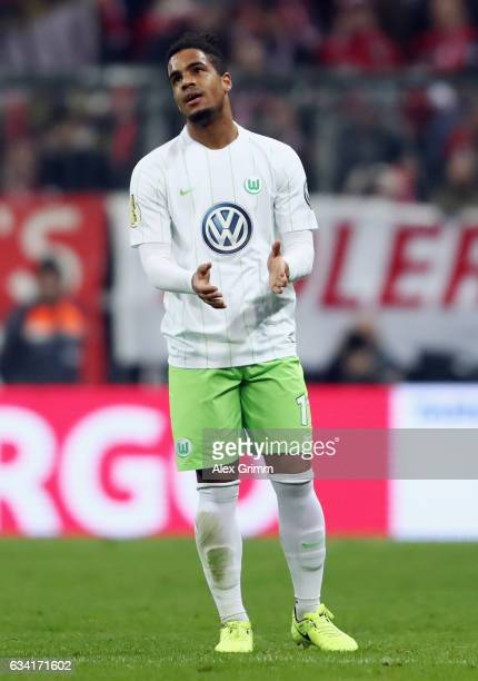 Daniel Didavi of Wolfsburg reacts during the DFB Cup Round Of 16 match between Bayern Muenchen and VfL Wolfsburg at Allianz Arena on February 7 2017...