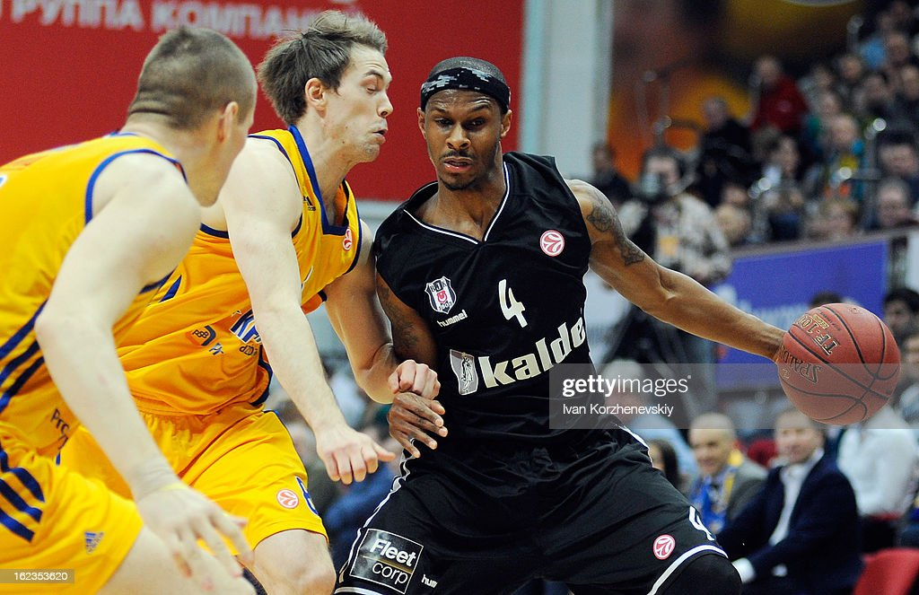 Daniel Ewing, #4 of Besiktas JK Istanbul in action during the 2012-2013 Turkish Airlines Euroleague Top 16 Date 8 between BC Khimki Moscow Region v Besiktas JK Istanbul at Basketball Center of Moscow on February 22, 2013 in Moscow, Russia.