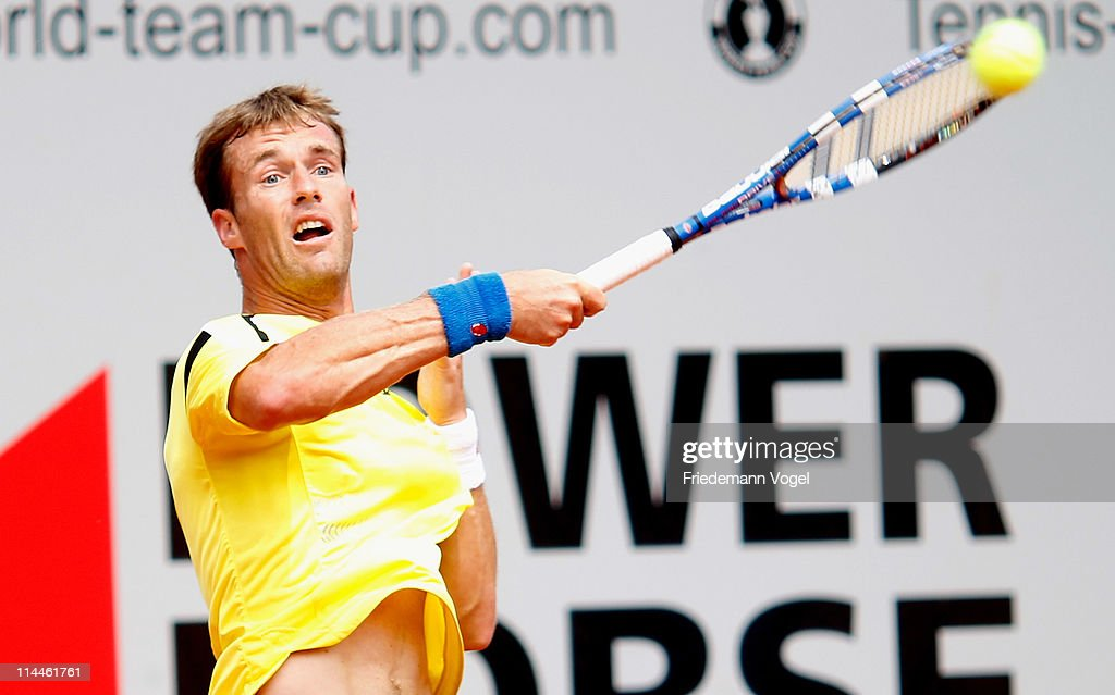 <a gi-track='captionPersonalityLinkClicked' href=/galleries/search?phrase=Daniel+Gimeno-Traver&family=editorial&specificpeople=553830 ng-click='$event.stopPropagation()'>Daniel Gimeno-Traver</a> of Spain plays a forehand during the red group match between Janko Tipsarevic of Serbia and <a gi-track='captionPersonalityLinkClicked' href=/galleries/search?phrase=Daniel+Gimeno-Traver&family=editorial&specificpeople=553830 ng-click='$event.stopPropagation()'>Daniel Gimeno-Traver</a> of Spain during day six of the Power Horse World Team Cup at the Rochusclub on May 18, 2011 in Duesseldorf, Germany.