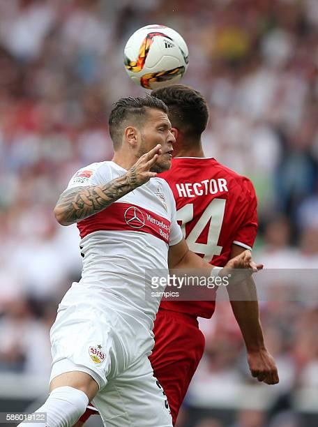 Daniel Ginczek VfB Stuttgart gegen Jonas Hector VfB Stuttgart 1 FC Köln Koeln Fussball 1 Bundesliga Saison 2015 / 2016