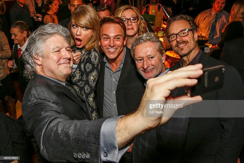 Daniel Hill, Taylor Swift, Fletcher Foster, Chandra LaPlume and Terry Hemmings and Jeff Balding snap a selfie at the Grammy Nominee Party/Nashville Chapter at the Loews Vanderbilt Hotel on January 26, 2015 in Nashville, Tennessee.