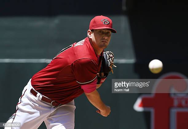 Daniel Hudson of the Arizona Diamondbacks delivers a warmup pitch during the first inning against the San Diego Padres at Chase Field on May 10 2015...