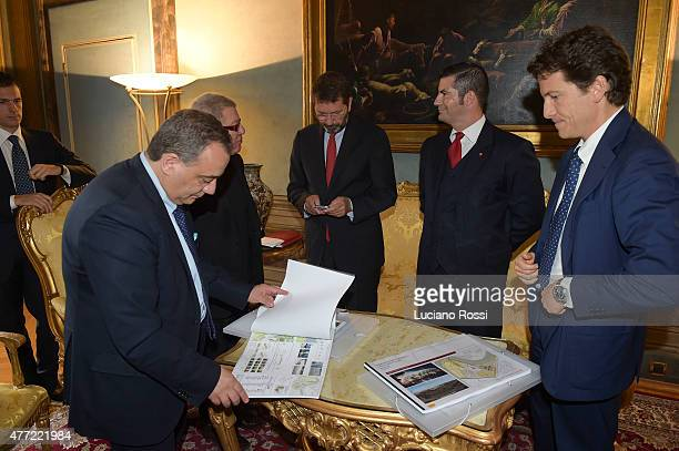 Daniel Liebskind Ignazio Marino Mark Pannes Luca Parnasi and Assessor Giovanni Cauto observing the new stadium project on June 15 2015 in Rome Italy