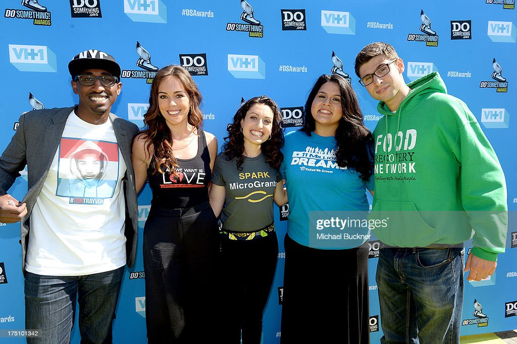 Daniel Maree of Millions of Hoodies Movement for Justice, Jillian Mourning of All We Want Is L.O.V.E., Sasha Fisher of Spark MicroGrants, Lorella Pareli of United We Dream and <a gi-track='captionPersonalityLinkClicked' href=/galleries/search?phrase=Ben+Simon&family=editorial&specificpeople=209379 ng-click='$event.stopPropagation()'>Ben Simon</a> of Food Recovery Network arrive at the DoSomething.org and VH1's 2013 Do Something Awards at Avalon on July 31, 2013 in Hollywood, California.