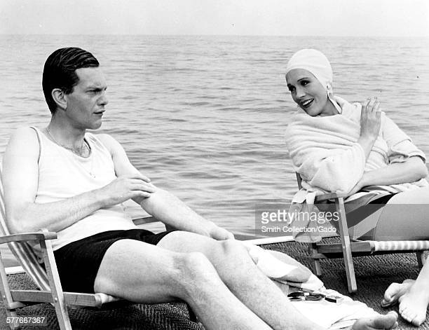 Daniel Massey and Julie Andrews as Noel Coward and Gertrude Lawrence spending a holiday on the French Riviera 1968
