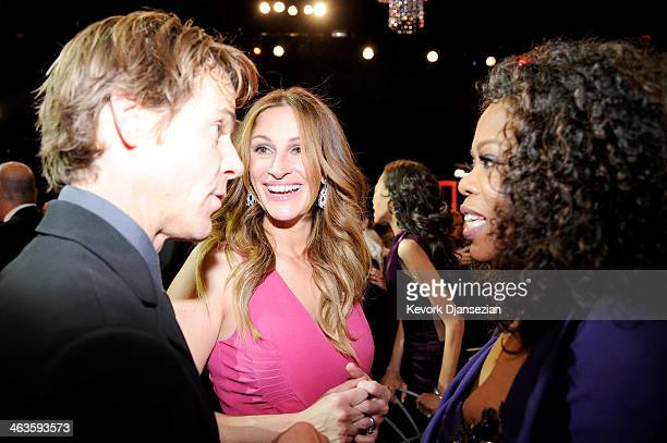 Daniel Moder actresses Julia Roberts and Oprah Winfrey onstage during the 20th Annual Screen Actors Guild Awards at The Shrine Auditorium on January...
