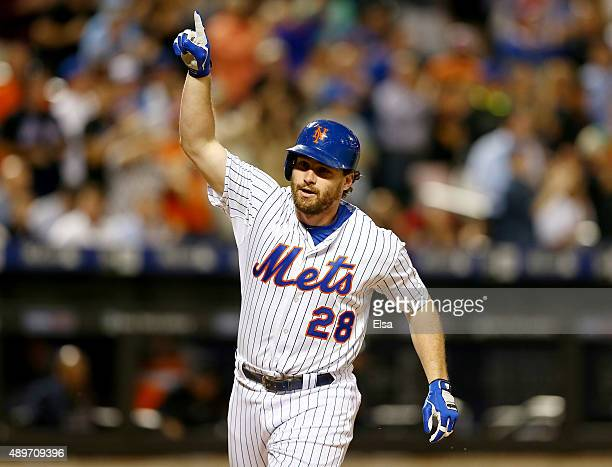 Daniel Murphy of the New York Mets celebrates his solo home run in the first inning against the Atlanta Braves on September 23 2015 at Citi Field in...