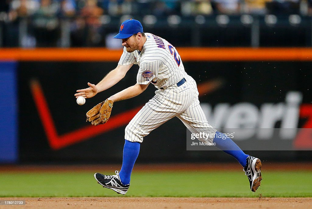 Daniel Murphy #28 of the New York Mets in action against the Philadelphia Phillies at Citi Field on August 27, 2013 in the Flushing neighborhood of the Queens borough of New York City. The Mets defeated the Phillies 5-0.