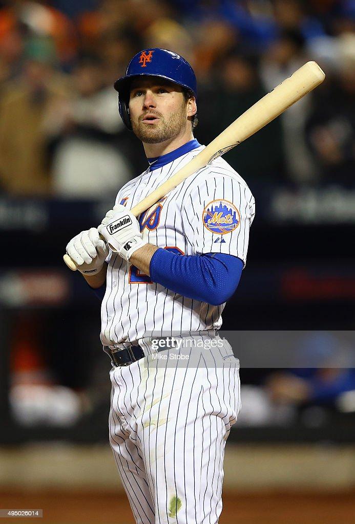 World Series - Kansas City Royals v New York Mets - Game Three
