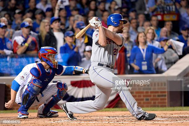 Daniel Murphy of the New York Mets singles in the second inning of Game 4 of the NLCS against the Chicago Cubs at Wrigley Field on Wednesday October...