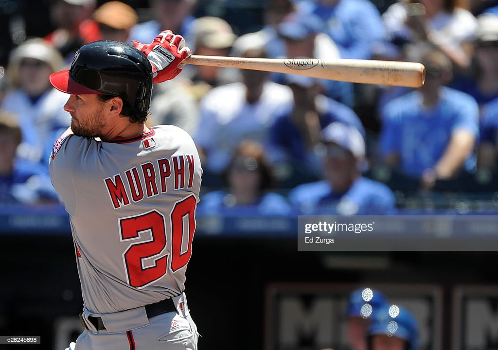 <a gi-track='captionPersonalityLinkClicked' href=/galleries/search?phrase=Daniel+Murphy+-+Jugador+de+b%C3%A9isbol&family=editorial&specificpeople=8610809 ng-click='$event.stopPropagation()'>Daniel Murphy</a> #20 of the Washington Nationals hits a two-run double in the first inning against the Kansas City Royals at Kauffman Stadium on May 4, 2016 in Kansas City, Missouri.