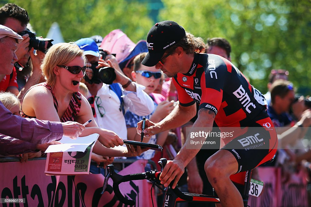 <a gi-track='captionPersonalityLinkClicked' href=/galleries/search?phrase=Daniel+Oss&family=editorial&specificpeople=5734271 ng-click='$event.stopPropagation()'>Daniel Oss</a> of Italy and the BMC Racing Team signs autographs at the start of stage two of the 2016 Giro d'Italia, a 190km stage from Arnhem to Nijmegen on May 07, 2016 in Arnhem, Netherlands.