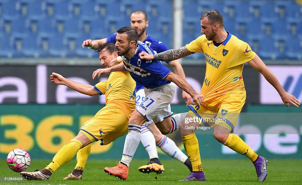 Daniel Pavlovic (L) of Frosinone Calcio, <a gi-track='captionPersonalityLinkClicked' href=/galleries/search?phrase=Fabio+Quagliarella&family=editorial&specificpeople=864022 ng-click='$event.stopPropagation()'>Fabio Quagliarella</a> (C) of UC Sampdoria and Leonardo Blanchard (R) of Frosinone Calcio competes for the ball during the Serie A match between UC Sampdoria and Frosinone Calcio at Stadio Luigi Ferraris on February 28, 2016 in Genoa, Italy.