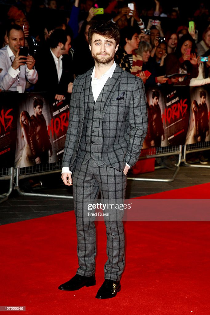 <a gi-track='captionPersonalityLinkClicked' href=/galleries/search?phrase=Daniel+Radcliffe&family=editorial&specificpeople=204144 ng-click='$event.stopPropagation()'>Daniel Radcliffe</a> attends the 'Horns' premiere at Odeon West End on October 20, 2014 in London, England.