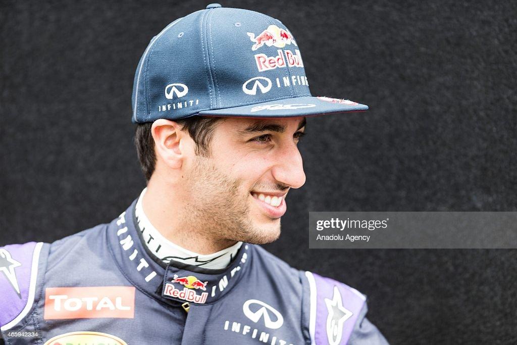 Daniel Ricciardo (AUS) #3 from the Infiniti Red Bull Racing team adjusts his cap during the Driver Portrait photo session at the Rolex Australian Formula 1 Grand Prix, Albert Park, Melbourne, Victoria Australia on March 12 2015. Asanka Brendon Ratnayake / Anadolu Agency