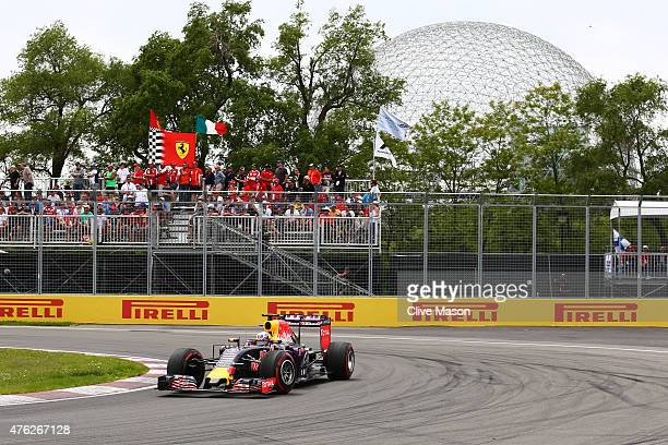Daniel Ricciardo of Australia and Infiniti Red Bull Racing drives during the Canadian Formula One Grand Prix at Circuit Gilles Villeneuve on June 7...