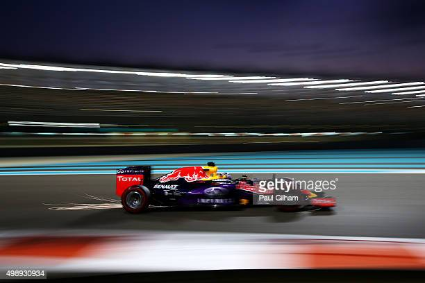 Daniel Ricciardo of Australia and Infiniti Red Bull Racing drives aduring practice for the Abu Dhabi Formula One Grand Prix at Yas Marina Circuit on...