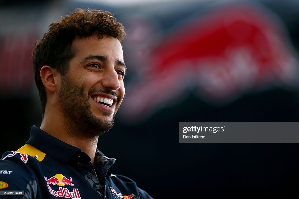 <a gi-track='captionPersonalityLinkClicked' href=/galleries/search?phrase=Daniel+Ricciardo&family=editorial&specificpeople=6547569 ng-click='$event.stopPropagation()'>Daniel Ricciardo</a> of Australia and Red Bull Racing speaks with members of the media after a Red Bull Racing media flight to Hangar 7 on June 29, 2016 in Salzburg, Austria.