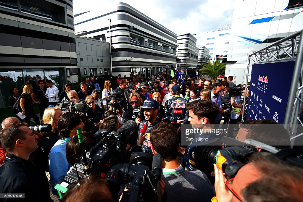<a gi-track='captionPersonalityLinkClicked' href=/galleries/search?phrase=Daniel+Ricciardo&family=editorial&specificpeople=6547569 ng-click='$event.stopPropagation()'>Daniel Ricciardo</a> of Australia and Red Bull Racing talks to the press during practice for the Formula One Grand Prix of Russia at Sochi Autodrom on April 29, 2016 in Sochi, Russia.