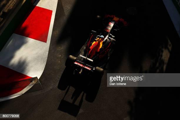 Daniel Ricciardo of Australia drives the Red Bull Racing Red BullTAG Heuer RB13 TAG Heuer during the Azerbaijan Formula One Grand Prix at Baku City...