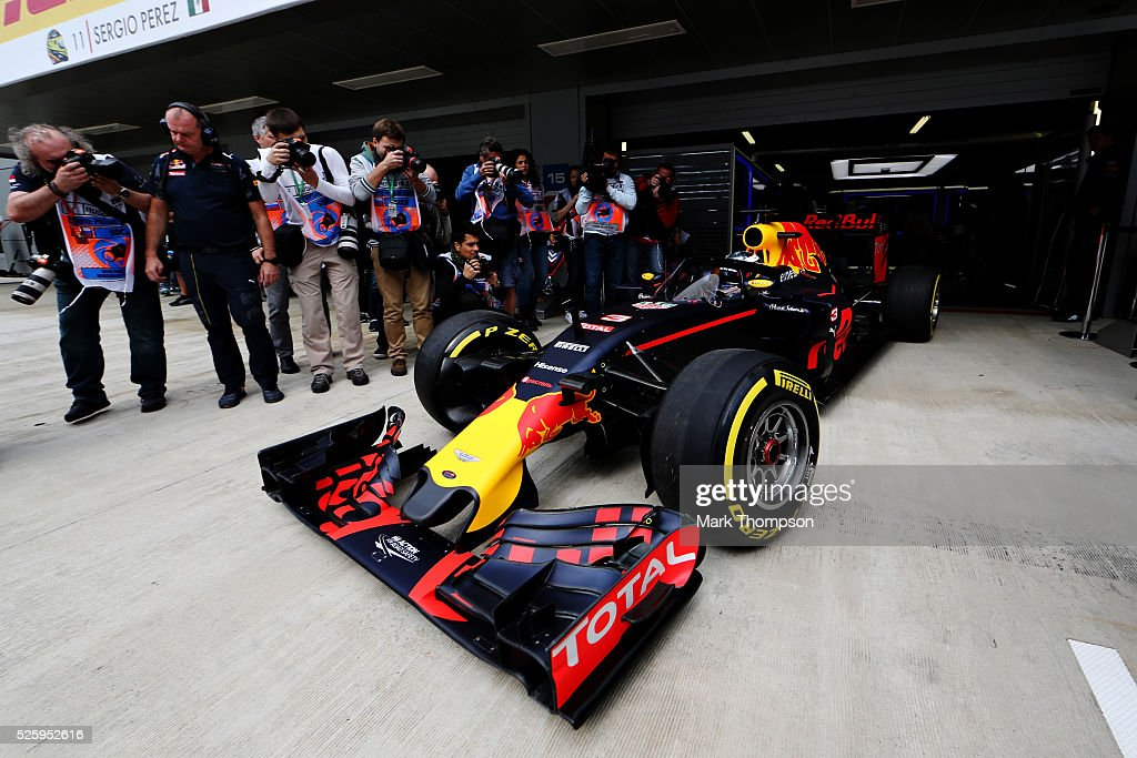 Daniel Ricciardo of Australia driving the (3) Red Bull Racing Red Bull-TAG Heuer RB12 TAG Heuer leaves the garage with the aeroscreen fitted during practice for the Formula One Grand Prix of Russia at Sochi Autodrom on April 29, 2016 in Sochi, Russia.