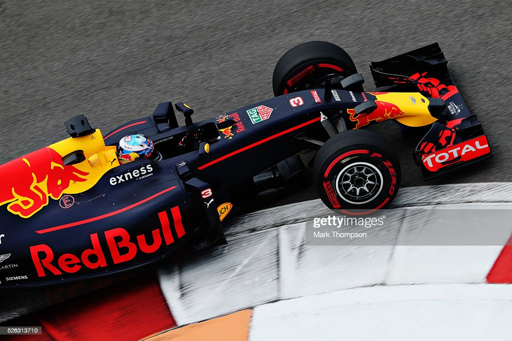<a gi-track='captionPersonalityLinkClicked' href=/galleries/search?phrase=Daniel+Ricciardo&family=editorial&specificpeople=6547569 ng-click='$event.stopPropagation()'>Daniel Ricciardo</a> of Australia driving the (3) Red Bull Racing Red Bull-TAG Heuer RB12 TAG Heuer on track during final practice ahead of the Formula One Grand Prix of Russia at Sochi Autodrom on April 30, 2016 in Sochi, Russia.