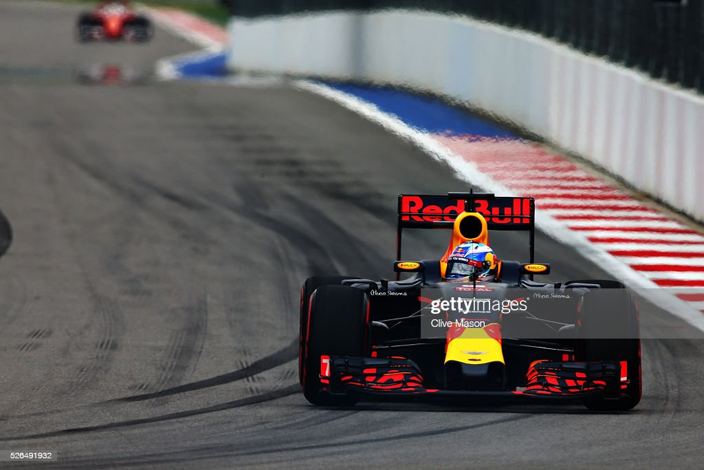 Daniel Ricciardo of Australia driving the (3) Red Bull Racing Red Bull-TAG Heuer RB12 TAG Heuer on track during qualifying for the Formula One Grand Prix of Russia at Sochi Autodrom on April 30, 2016 in Sochi, Russia.