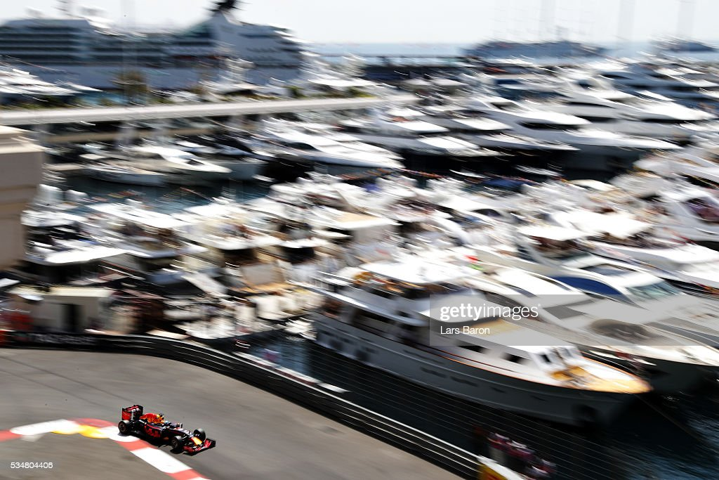 Daniel Ricciardo of Australia driving the (3) Red Bull Racing Red Bull-TAG Heuer RB12 TAG Heuer on track during final practice ahead of the Monaco Formula One Grand Prix at Circuit de Monaco on May 28, 2016 in Monte-Carlo, Monaco.