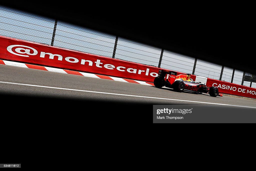<a gi-track='captionPersonalityLinkClicked' href=/galleries/search?phrase=Daniel+Ricciardo&family=editorial&specificpeople=6547569 ng-click='$event.stopPropagation()'>Daniel Ricciardo</a> of Australia driving the (3) Red Bull Racing Red Bull-TAG Heuer RB12 TAG Heuer on track during qualifying for the Monaco Formula One Grand Prix at Circuit de Monaco on May 28, 2016 in Monte-Carlo, Monaco.