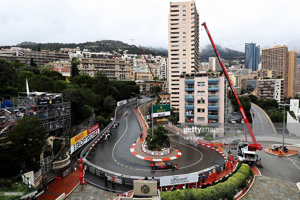 <a gi-track='captionPersonalityLinkClicked' href=/galleries/search?phrase=Daniel+Ricciardo&family=editorial&specificpeople=6547569 ng-click='$event.stopPropagation()'>Daniel Ricciardo</a> of Australia driving the (3) Red Bull Racing Red Bull-TAG Heuer RB12 TAG Heuer leads <a gi-track='captionPersonalityLinkClicked' href=/galleries/search?phrase=Nico+Rosberg&family=editorial&specificpeople=800808 ng-click='$event.stopPropagation()'>Nico Rosberg</a> of Germany driving the (6) Mercedes AMG Petronas F1 Team Mercedes F1 WO7 Mercedes PU106C Hybrid turbo, and <a gi-track='captionPersonalityLinkClicked' href=/galleries/search?phrase=Lewis+Hamilton+-+Racecar+Driver&family=editorial&specificpeople=586983 ng-click='$event.stopPropagation()'>Lewis Hamilton</a> of Great Britain driving the (44) Mercedes AMG Petronas F1 Team Mercedes F1 WO7 Mercedes PU106C Hybrid turbo during the Monaco Formula One Grand Prix at Circuit de Monaco on May 29, 2016 in Monte-Carlo, Monaco.
