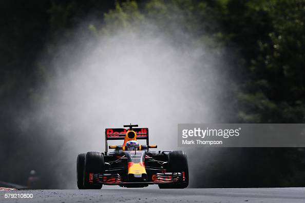 Daniel Ricciardo of Australia driving the Red Bull Racing Red BullTAG Heuer RB12 TAG Heuer on track during qualifying for the Formula One Grand Prix...