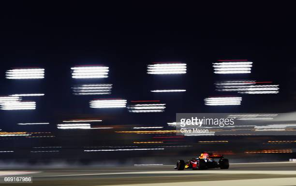 Daniel Ricciardo of Australia driving the Red Bull Racing Red BullTAG Heuer RB13 TAG Heuer on track during the Bahrain Formula One Grand Prix at...