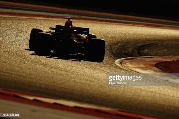 Daniel Ricciardo of Australia driving the Red Bull Racing Red BullTAG Heuer RB13 TAG Heuer on track during qualifying for the United States Formula...