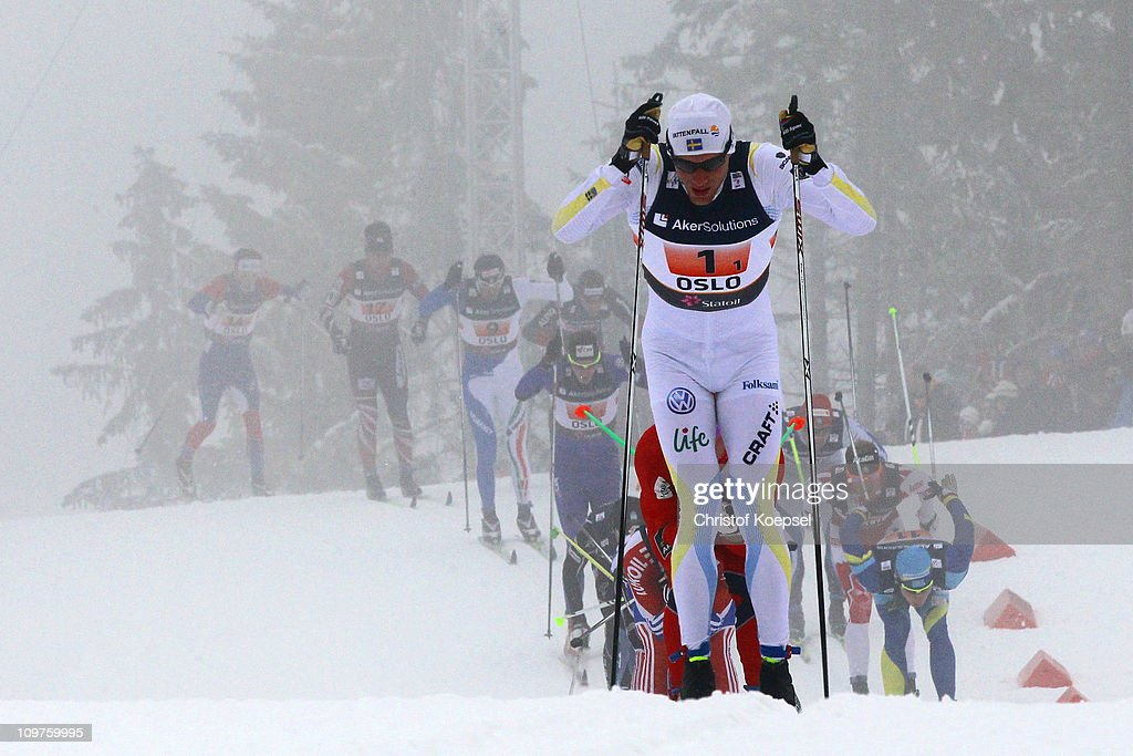 <a gi-track='captionPersonalityLinkClicked' href=/galleries/search?phrase=Daniel+Rickardsson&family=editorial&specificpeople=4907512 ng-click='$event.stopPropagation()'>Daniel Rickardsson</a> of Sweden leads the field in the Men's Cross Country 4x10km Relay race during the FIS Nordic World Ski Championships at Holmenkollen on March 4, 2011 in Oslo, Norway.