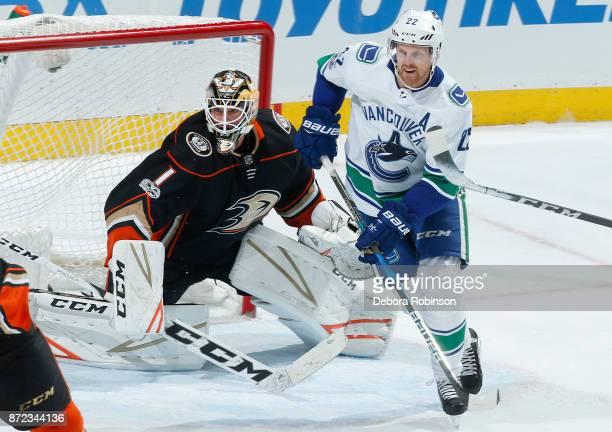 Daniel Sedin of the Vancouver Canucks battles for position against Reto Berra of the Anaheim Ducks during the game on November 9 2017 at Honda Center...