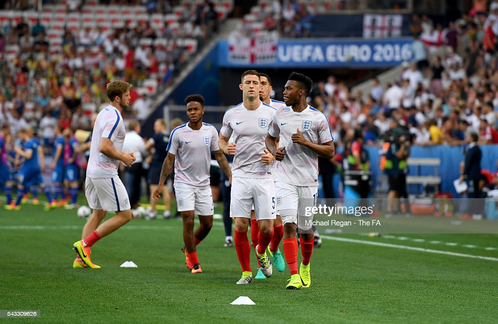 <a gi-track='captionPersonalityLinkClicked' href=/galleries/search?phrase=Daniel+Sturridge+-+Soccer+Player&family=editorial&specificpeople=677270 ng-click='$event.stopPropagation()'>Daniel Sturridge</a> of England during the pre match warm up prior to the UEFA EURO 2016 round of 16 match between England and Iceland at Allianz Riviera Stadium on June 27, 2016 in Nice, France.