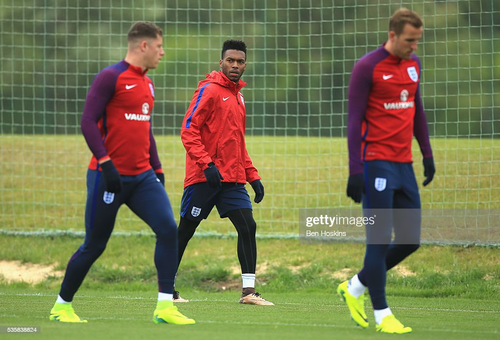 <a gi-track='captionPersonalityLinkClicked' href=/galleries/search?phrase=Daniel+Sturridge+-+Soccer+Player&family=editorial&specificpeople=677270 ng-click='$event.stopPropagation()'>Daniel Sturridge</a> of England looks on during an England training session at St Georges Park on May 30, 2016 in Burton on Trent, England.