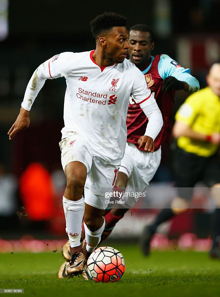 <a gi-track='captionPersonalityLinkClicked' href=/galleries/search?phrase=Daniel+Sturridge&family=editorial&specificpeople=677270 ng-click='$event.stopPropagation()'>Daniel Sturridge</a> of Liverpool is chased by Pedro Mba Obiang of West Ham United during the Emirates FA Cup Fourth Round Replay match between West Ham United and Liverpool at Boleyn Ground on February 9, 2016 in London, England.