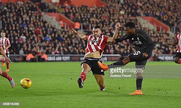 Daniel Sturridge of Liverpool scores an equalising goal during the Capital One Cup Quarter Final match between Southampton and Liverpool at St Mary's...