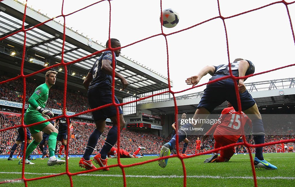 <a gi-track='captionPersonalityLinkClicked' href=/galleries/search?phrase=Daniel+Sturridge&family=editorial&specificpeople=677270 ng-click='$event.stopPropagation()'>Daniel Sturridge</a> of Liverpool scores the opening goal during the Barclays Premier League match between Liverpool and Manchester United at Anfield on September 01, 2013 in Liverpool, England.