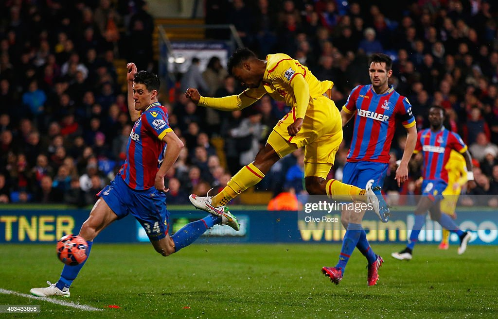 Daniel Sturridge of Liverpool scores their first goal during the FA Cup fifth round match between Crystal Palace and Liverpool at Selhurst Park on February 14, 2015 in London, England.