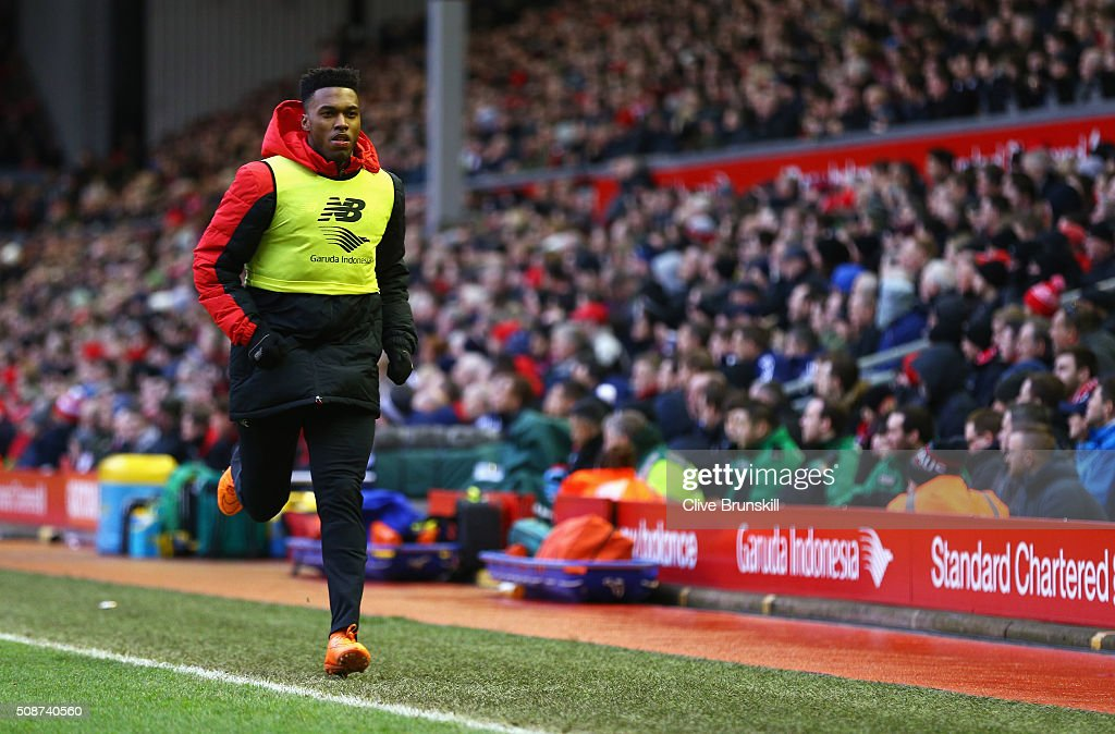 <a gi-track='captionPersonalityLinkClicked' href=/galleries/search?phrase=Daniel+Sturridge&family=editorial&specificpeople=677270 ng-click='$event.stopPropagation()'>Daniel Sturridge</a> of Liverpool warms up during the Barclays Premier League match between Liverpool and Sunderland at Anfield on February 6, 2016 in Liverpool, England.