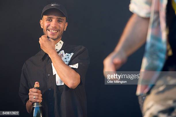 Daniel Sylvester Woolford perform in character as Decoy of Kurupt FM from the hit BBC British Garage music Comedy The people just do nothing onstage...