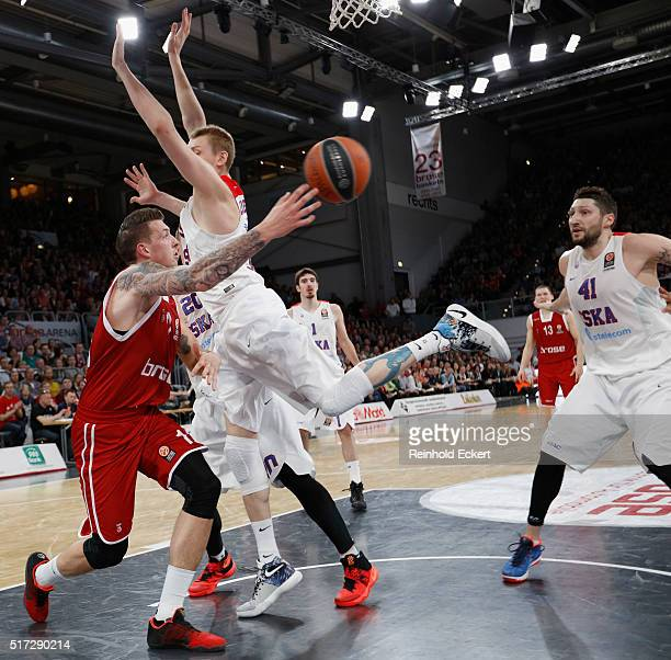 Daniel Theis #10 of Brose Baskets Bamberg competes with Andrey Vorontsevich #20 of CSKA Moscow in action during the 20152016 Turkish Airlines...
